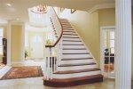 Holztreppe als empfehlenswerte Mischung von guten Stil und umfangreiche Funktionalität